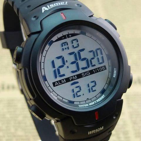 Наручные водонепроницаемые электронные часы
