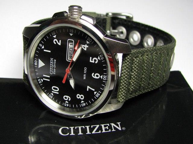 Часы наручные мужские механические водонепроницаемые