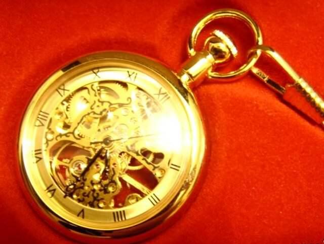 часы с позолтой