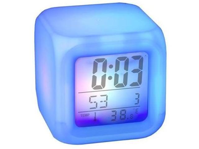 Часы кубом