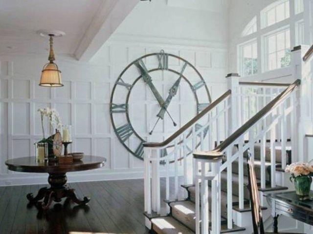 большие часы в комнату на стену