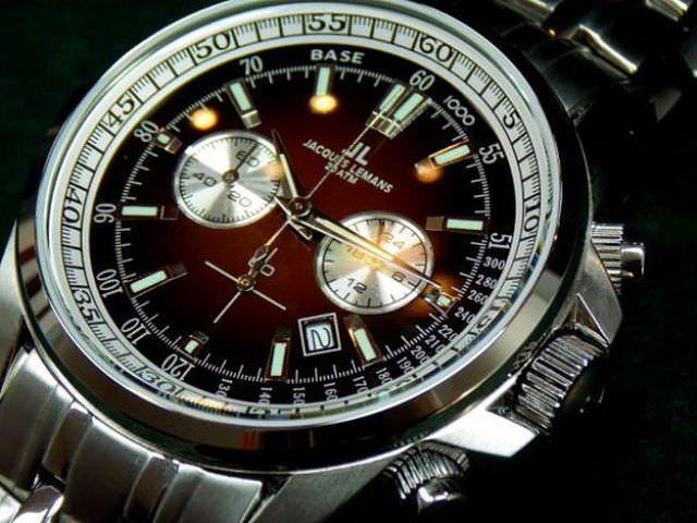 Стильные часы Jacques Lemans